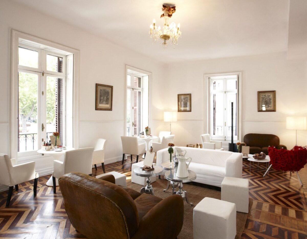 Restaurants and bars bespoke interior design services
